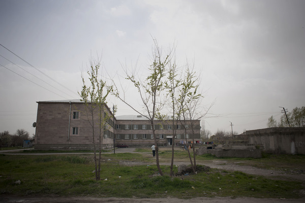 About 16 Iraqi Armenian refugee families live in Darbnik's former agricultural college.